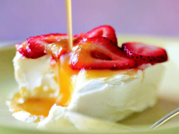 "Yogurt ""Cheesecake"" with Strawberries and Pineapple Syrup"