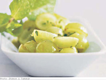 Gingered Green Grapes