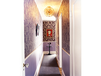 Decorating solutions for a cramped hallway