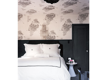 Lighting and decorating tips for the bedroom