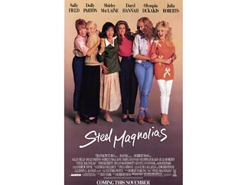Julia Roberts and Sally Field in Steel Magnolias