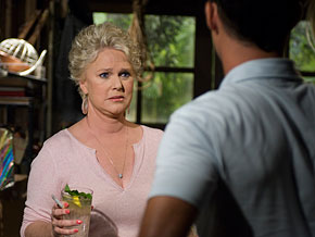 Burn Notice's Sharon Gless