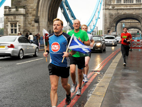 Eddie izzard london bridge