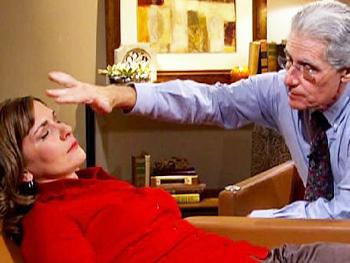 Dr. Weiss treats Jodi.