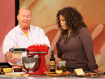 Mario Batali demonstrates the Kitchen Aid pasta attachment