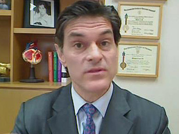 Dr. Oz talks about Oprah's thyroid condition.