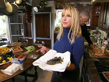 Suzanne Somers makes a healthy lunch.