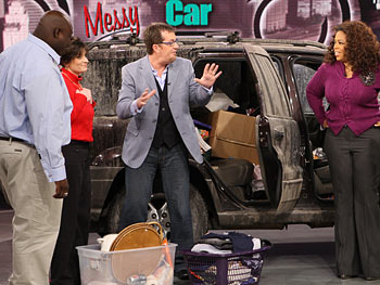 Lynne and T.J.'s messy SUV arrives in Chicago.