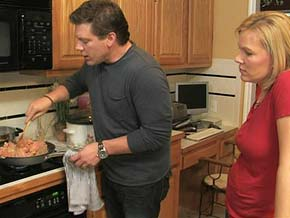 Tyler Florence cooks with Tonya.