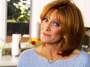 Carol Leifer began a relationship with a woman at 40.