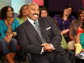 Comedian Steve Harvey takes 300 single women inside the male mind.