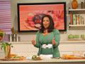 Oprah makes Rachael Ray's Fake-Out Dip.