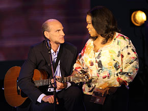 James Taylor makes his first Oprah Show appearance.