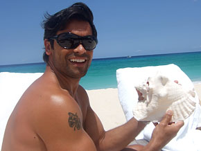 Kelly Ripa and Mark Consuelos reveal their love language.