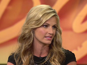 Erin Andrews (missing alt tag)