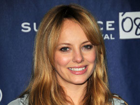 Bijou Phillips is Mackenzie Phillips' half-sister.