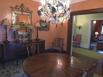 Kirstie Alley's dining room