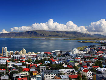 Find travel bargains to Reykjavik, Iceland.