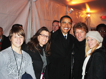 Jon Bon Jovi and his family meet President Obama.