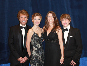 Jon Bon Jovi and his family attend an inaugural ball.