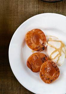 Grilled apricots and vanilla ice cream, drizzled with honey