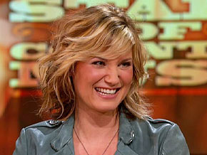 Jennifer Nettles on working five jobs before Sugarland's success
