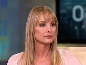 Chynna Phillips supports her sister.