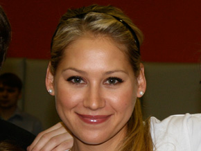 AIDS ambassador Anna Kournikova meets with at-risk youth in Russia.